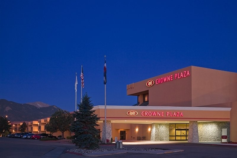 Crowne Plaza Hotel Colorado Springs - Colorado Springs, CO