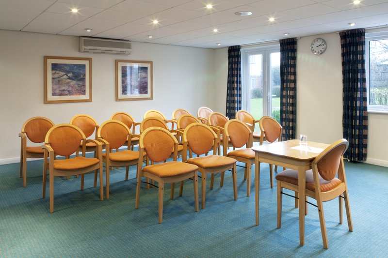 Holiday Inn Express Canterbury Meeting room