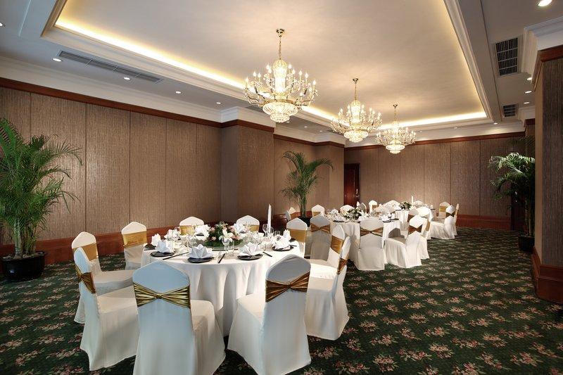 成都总府皇冠假日酒店 餐饮设施