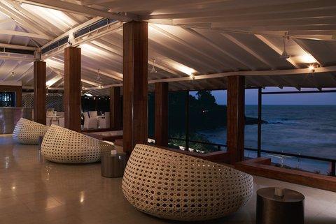 Vivanta by Taj Fort Aguada - SFXBar -Lounge