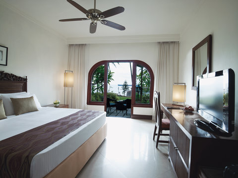 Vivanta by Taj Fort Aguada - Superior Charm Sea View With Sit Out