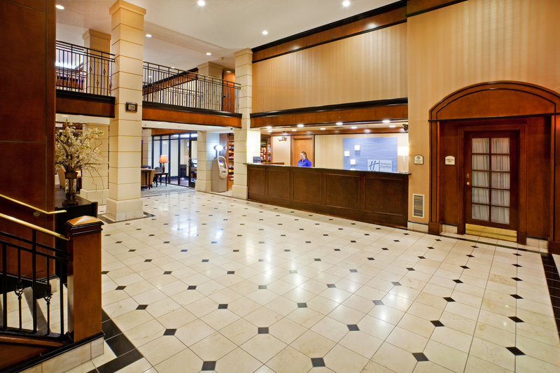 Holiday Inn Express Hotel & Suites DFW North Aula