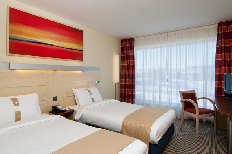 Holiday Inn Express Zürich Airport Zimmeransicht