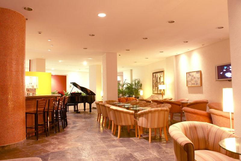 Holiday Inn Ixtapa Bar/Lounge