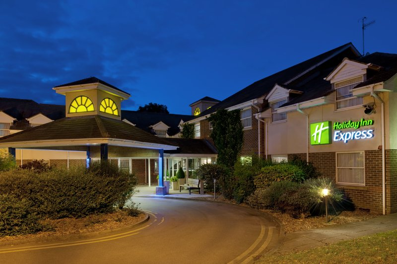 Holiday Inn Express York Set udefra