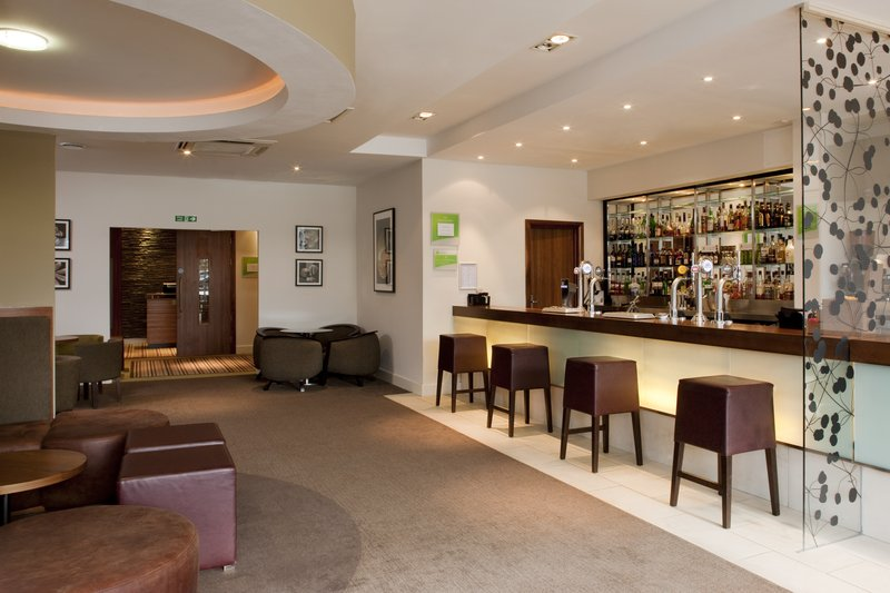 Holiday Inn Stevenage Sala klubowa