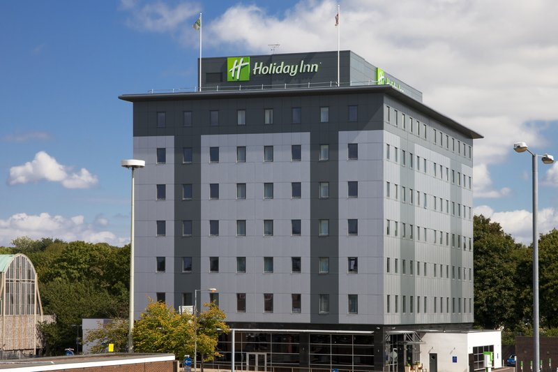 Holiday Inn Stevenage Widok z zewnątrz