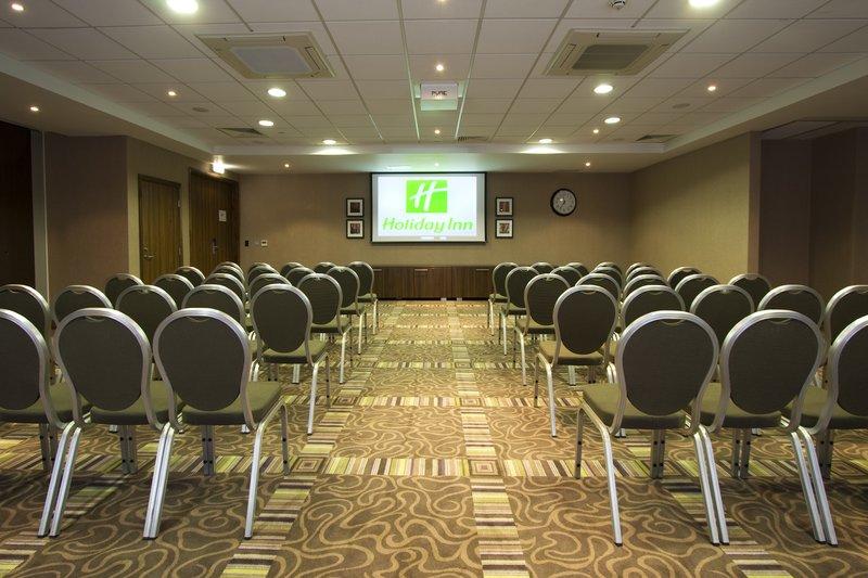 Holiday Inn Stevenage Pomieszczenie konferencyjne