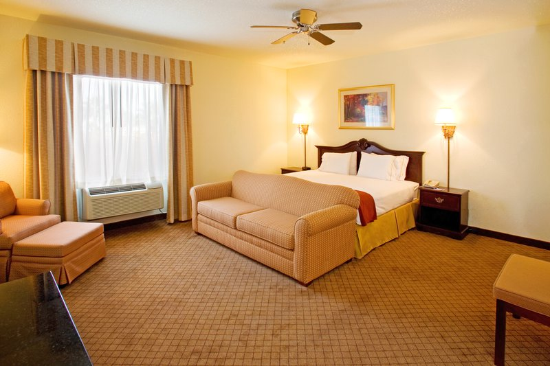 Holiday Inn Express & Suites WESLACO - Pharr, TX