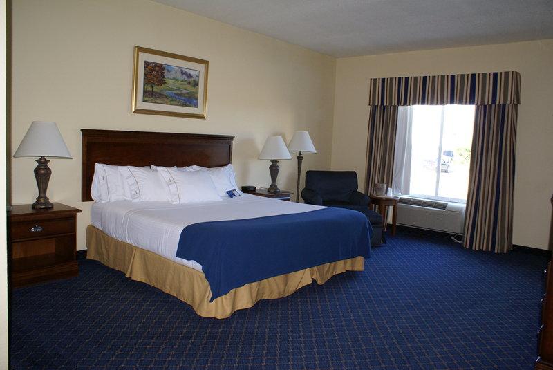 Holiday Inn Express & Suites MOUNTAIN HOME - Clarkridge, AR