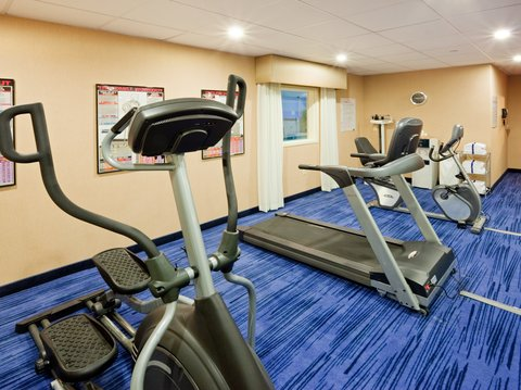 Holiday Inn Express & Suites WESTFIELD - Fitness Center