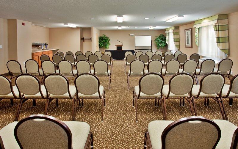 Holiday Inn Express WARRENTON - Warrenton, MO