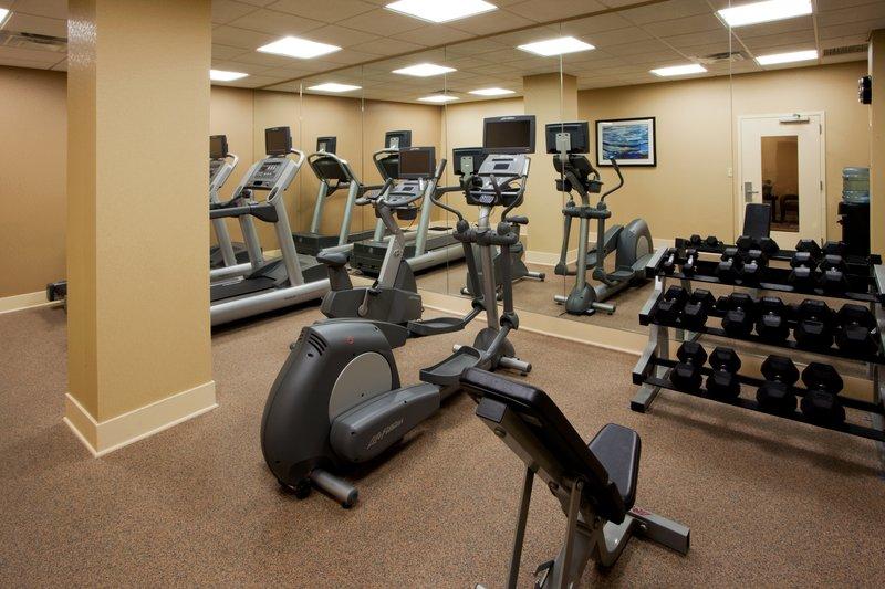 Holiday Inn Express Springfield I-95 S of I-495 Fitness Club