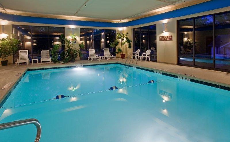 Holiday Inn Express SALEM - Salem, MO