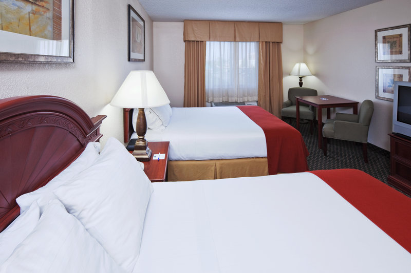 Holiday Inn Express TULSA-WOODLAND HILLS - Tulsa, OK