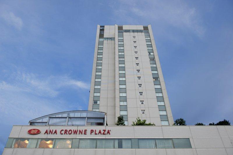 Crowne Plaza Ana Toyama 外景