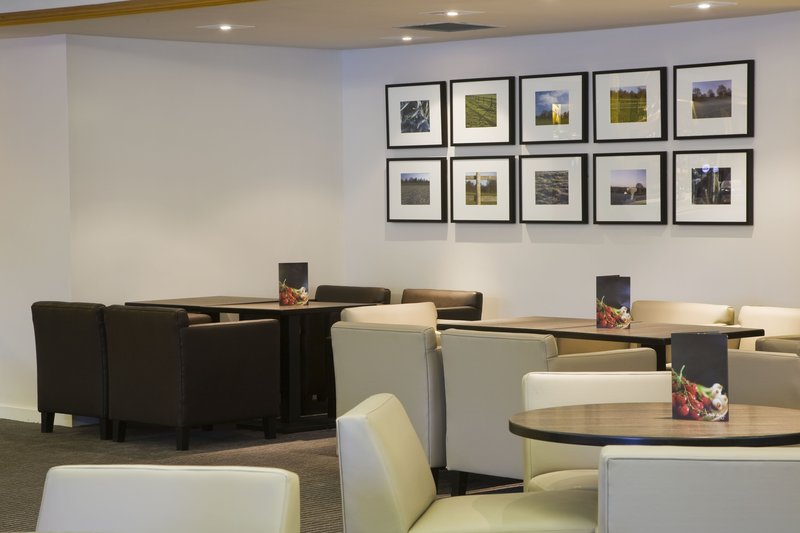 Holiday Inn Taunton M5,JCT.25 Bar/Lounge