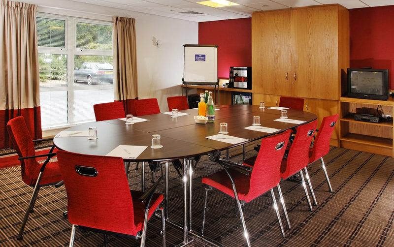 Holiday Inn Express Swindon-West M4, JCT.16 Konferensrum