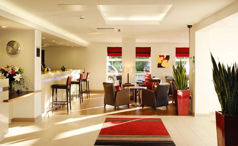 Holiday Inn Express Swindon-West M4, JCT.16 Bar/lounge