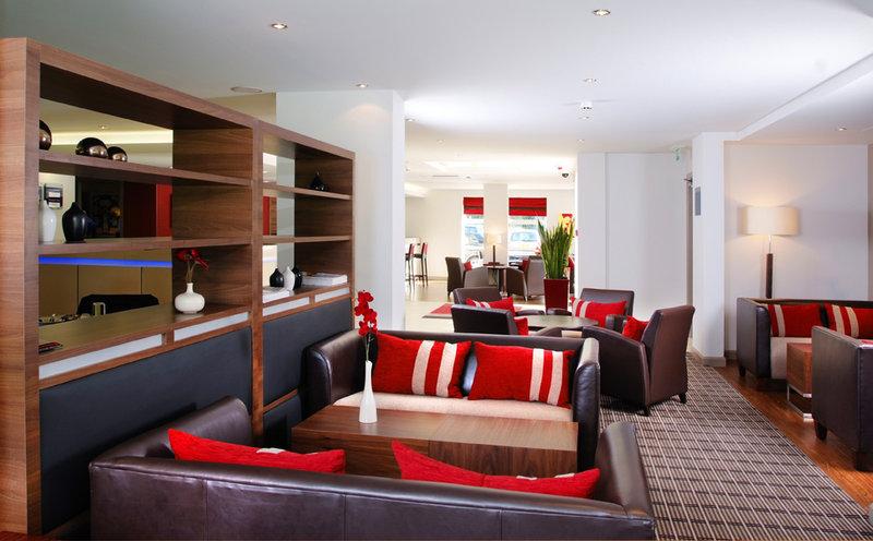 Holiday Inn Express Swindon-West M4, JCT.16 Övrigt