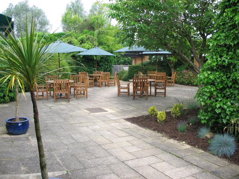 Holiday Inn Swindon Ulkonäkymä