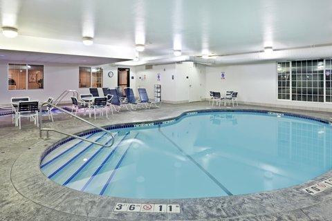 Holiday Inn SPOKANE AIRPORT - Indoor Swimming Pool