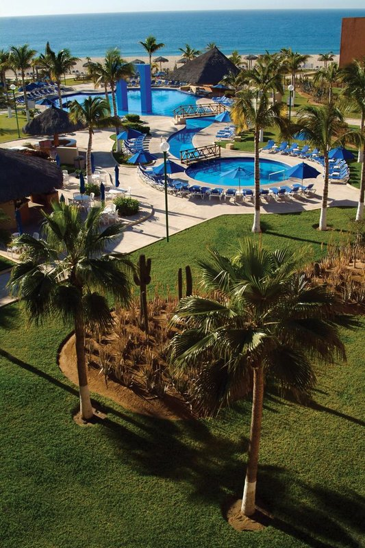 Holiday Inn Resort Los Cabos All Inclusive View of pool