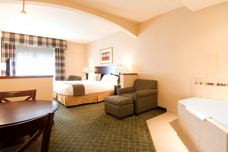 Holiday Inn Express & Suites EUGENE/SPRINGFIELD-EAST (I-5) - Springfield, OR