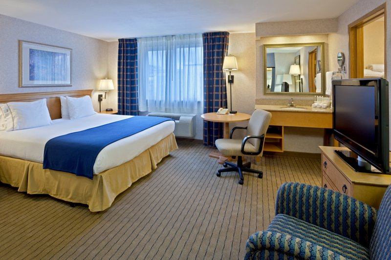 Holiday Inn Express & Suites SEATTLE-CITY CENTER - Seattle, WA