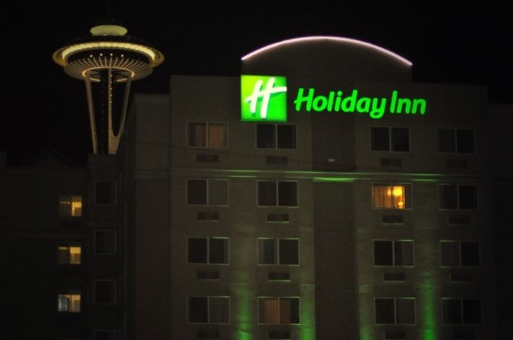 Holiday Inn Seattle Außenansicht