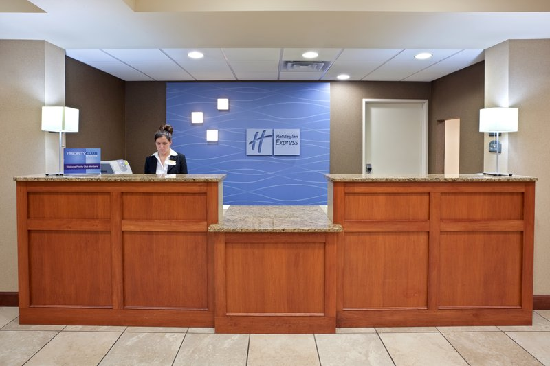 Holiday Inn Express & Suites MARYSVILLE - Sultan, WA