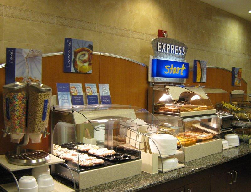 Holiday Inn Express SAVANNAH AIRPORT - Savannah, GA