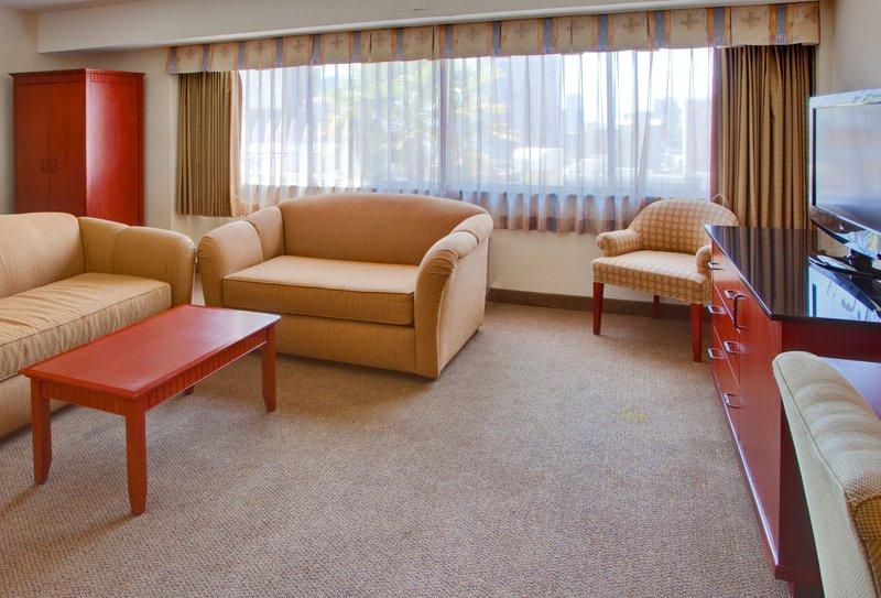 Holiday Inn Express San Diego Downtown - San Diego, CA