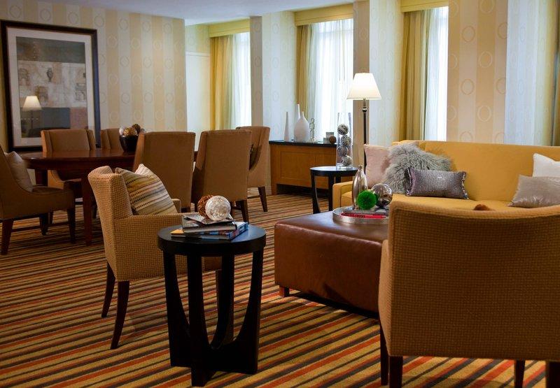 Renaissance Washington, DC Dupont Circle Hotel Widok pokoju