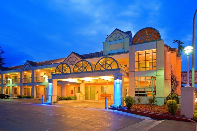 Holiday Inn Express REDWOOD CITY/MENLO PARK - Redwood City, CA