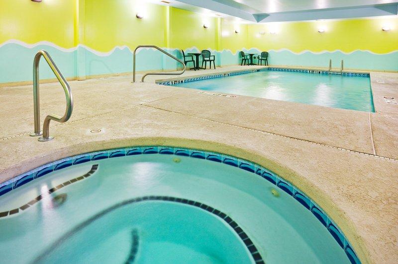 Holiday Inn Express & Suites MURPHY - Waynesville, NC