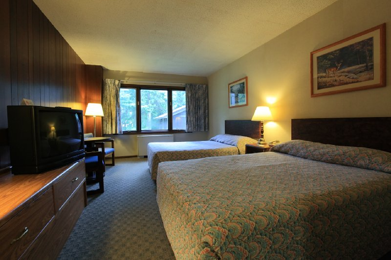 Americas Best Value Inn - Hinckley, MN