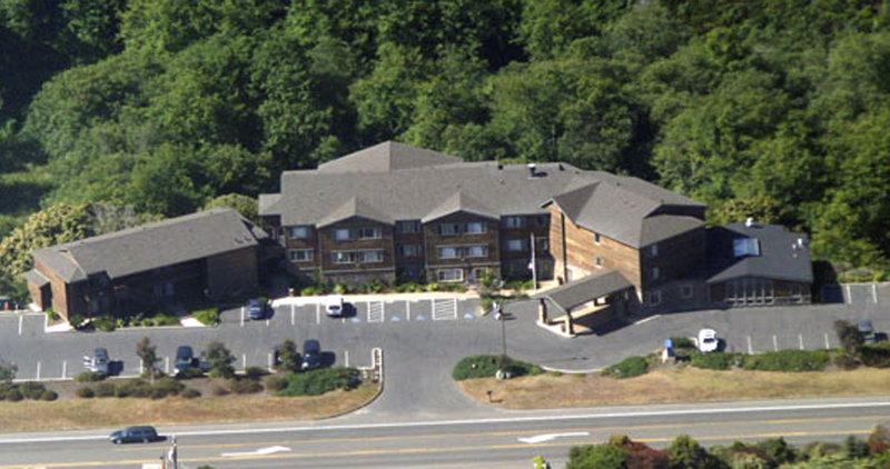 Holiday Inn Express FORT BRAGG - Willits, CA