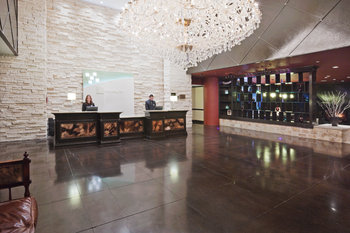 Holiday Inn Express Frisco - Lobby