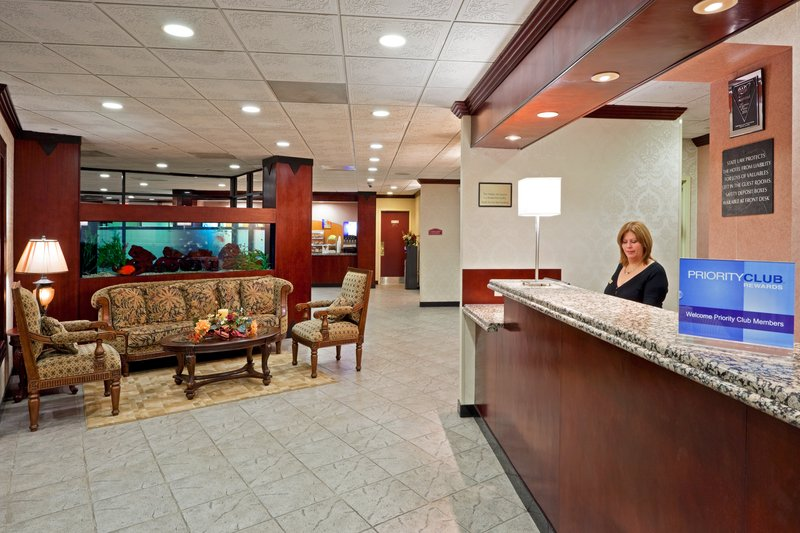 Holiday Inn Express PARAMUS - Alpine, NJ