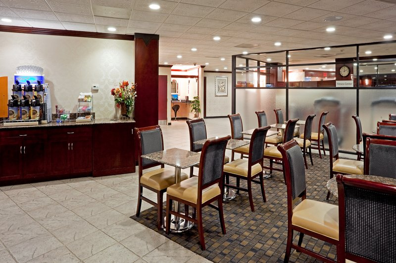 Holiday Inn Express  PARAMUS Gastronomie