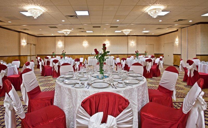 Holiday Inn Chicago O'Hare Area BallRoom