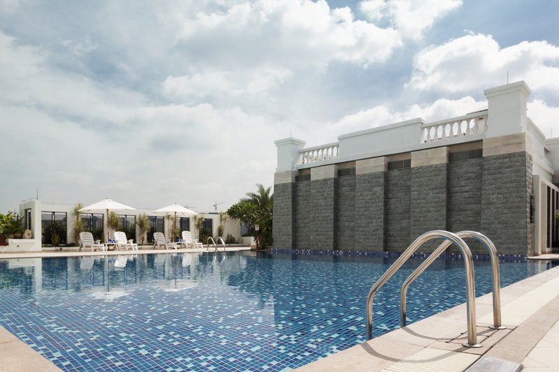 Holiday Inn Shifu Guangzhou Vista da piscina