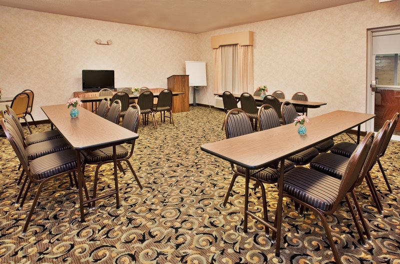 Holiday Inn Express Hotel & Suites Hannibal Tagungsraum