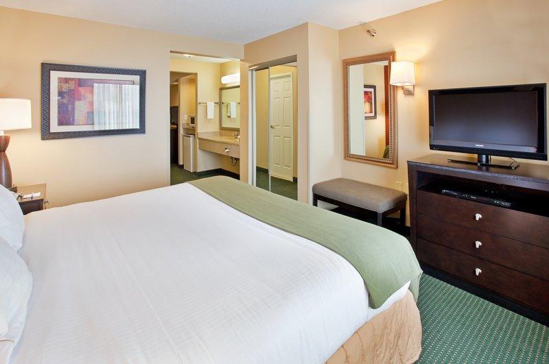Holiday Inn Express & Suites NORFOLK - Norfolk, NE
