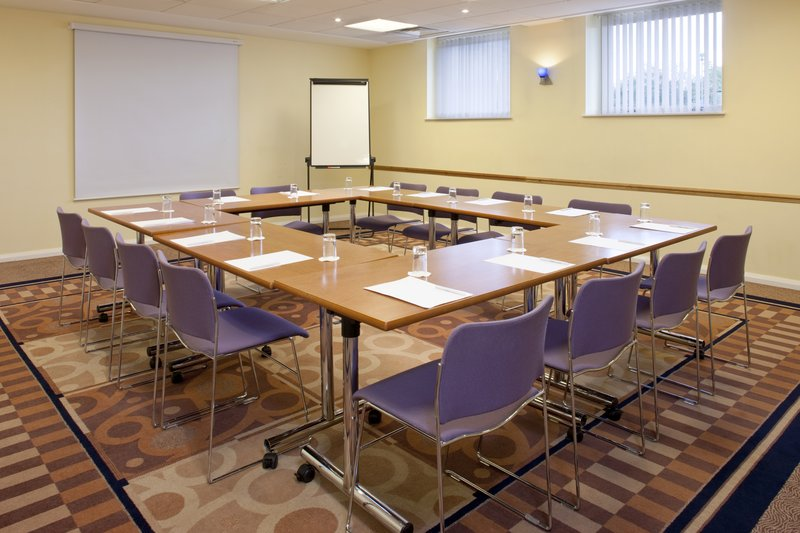 Holiday Inn Express Oxford-Kassam Stadium Meeting room