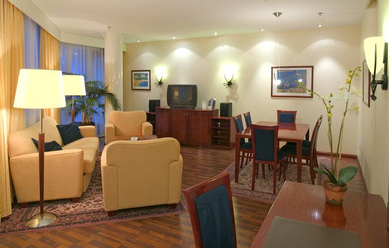 Holiday Inn Helsinki Svit