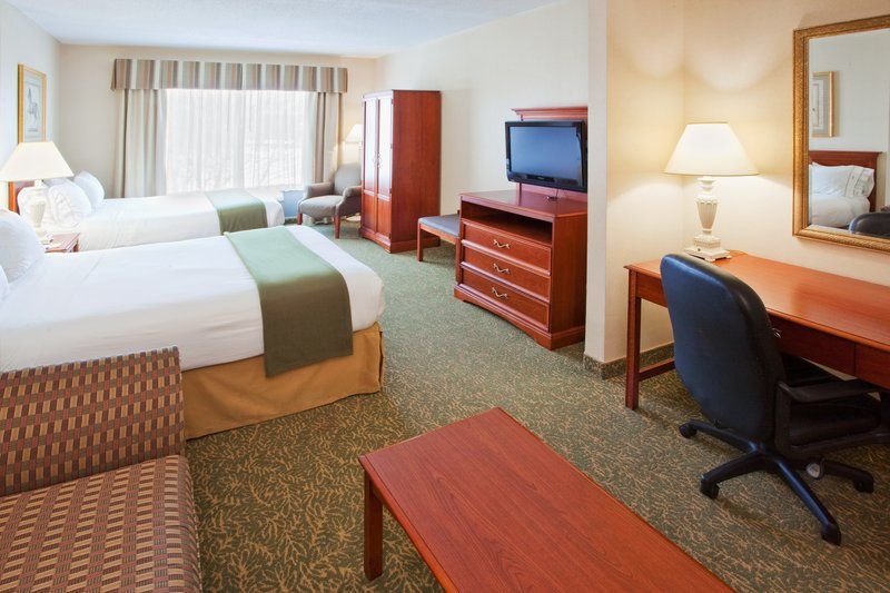 Holiday Inn Express & Suites HAGERSTOWN - Hermitage, PA