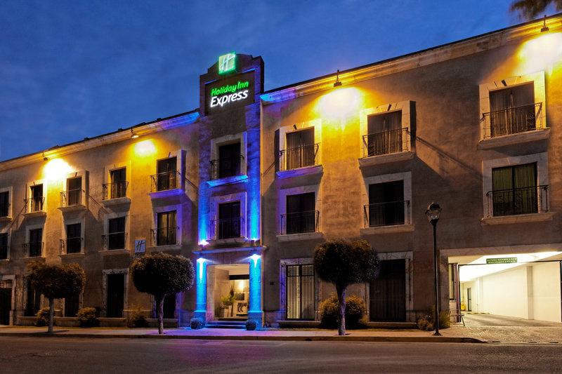 Holiday Inn Express Oaxaca-Centro Historico Exterior view