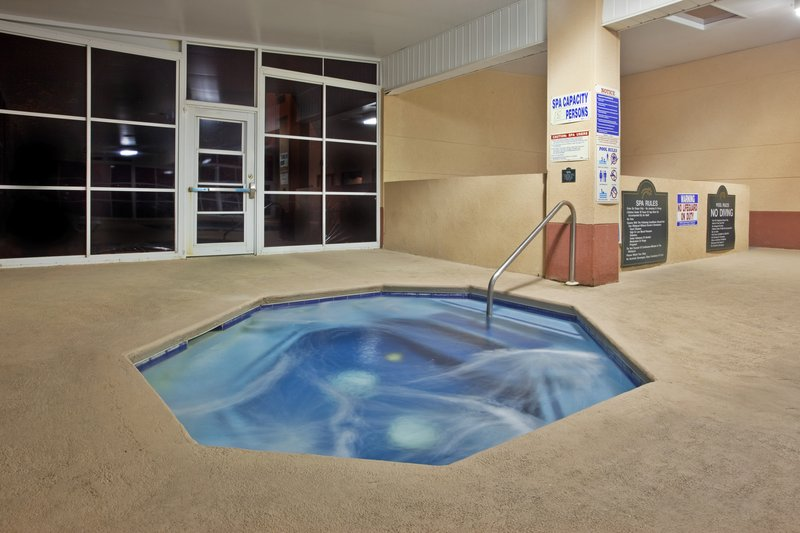 Holiday Inn Express & Suites HIAWASSEE - Turnerville, GA